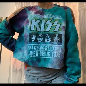 Hottopic KISS cut-out crop top